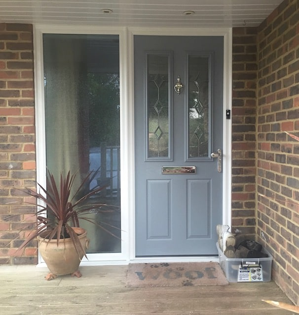 What to look for when buying a composite door. - Newlite